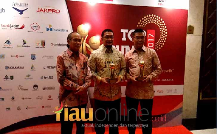 Bank-Riau-Kepri-Top-BUMD-2017.jpg