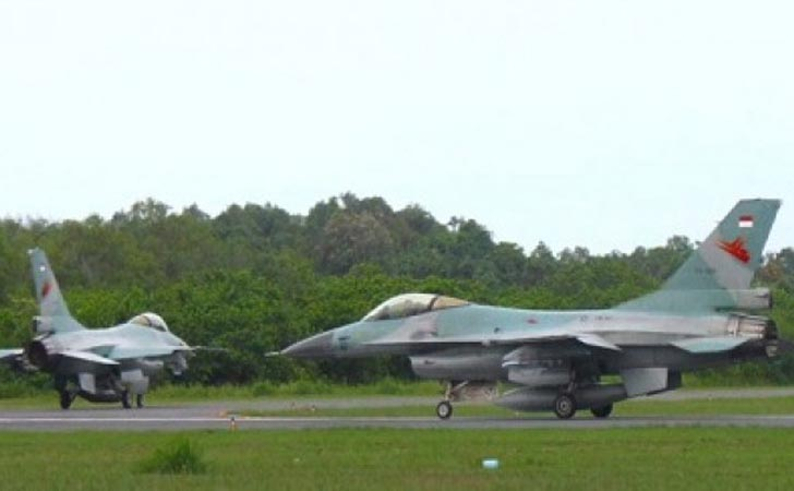 F-16-Tail-Number-TS-1610-dan-TS-1608.jpg