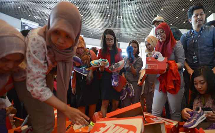 Suasana-pesta-diskon-Nike-di-Grand-Indonesia.jpg