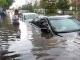Banjir Tenggelamkan Mobil di Vietnam