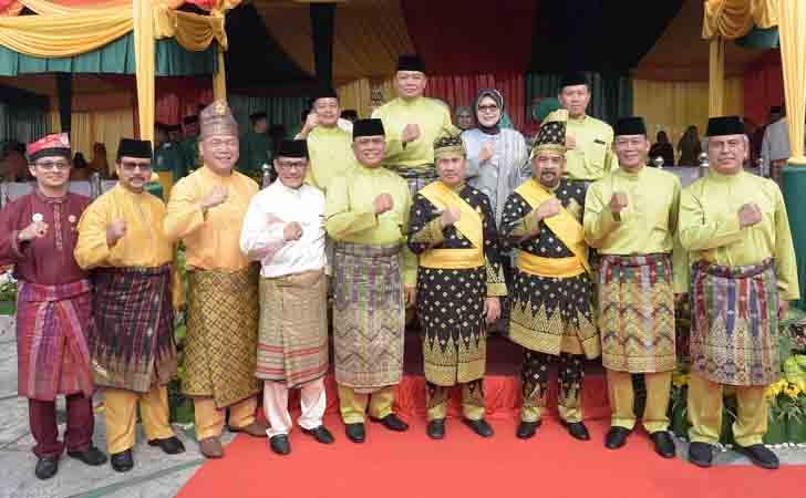 Foto Bersama Forkopinda Riau