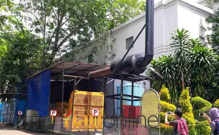 Genset Milik Hotel Arya Duta saat beroperasi