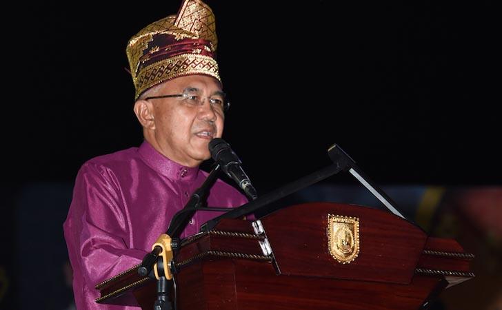 Gubernur Riau Berikan Sambutan