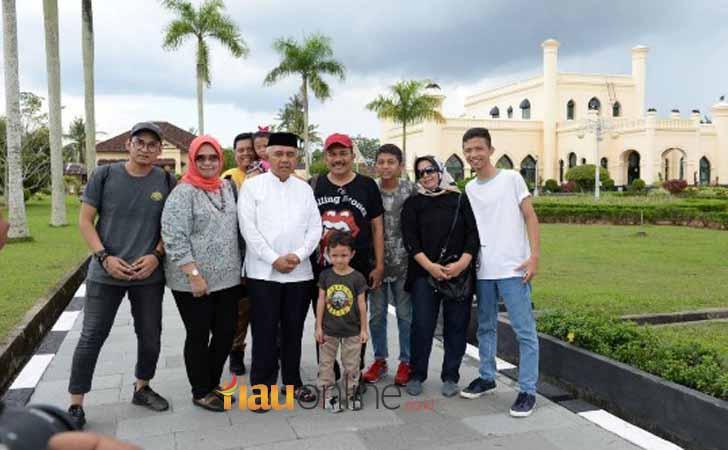 Advertorial Pemprov Riau