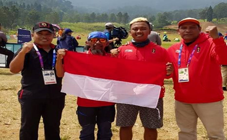 Jafro atlet paralayang Indonesia