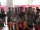 Kepala OJK Riau Potong Pita