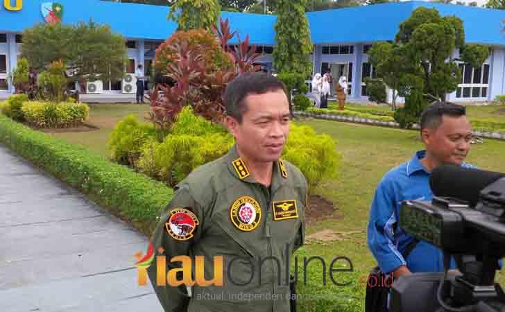 Flight Director Rising 50, Kol Pnb Haris Haryanto.