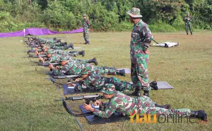 Latihan menembak TNI AU