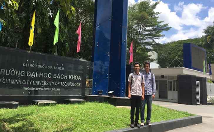 Mahasiswa UIR di Vietnam