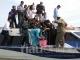 Menteri LHK Siti Nurbaya Lihat Samepl Air Sungai Siak