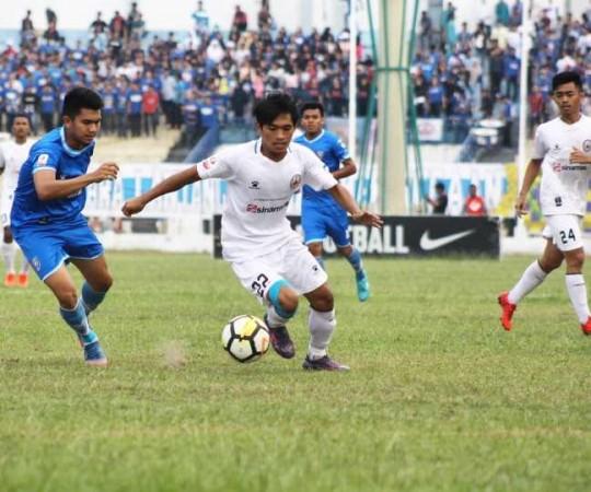 PSPS-Riau-vs-Persik-Kendal.jpg