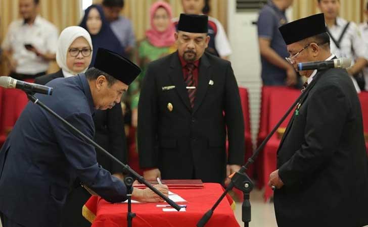 Pelantikan Pj Sekdaprov Riau