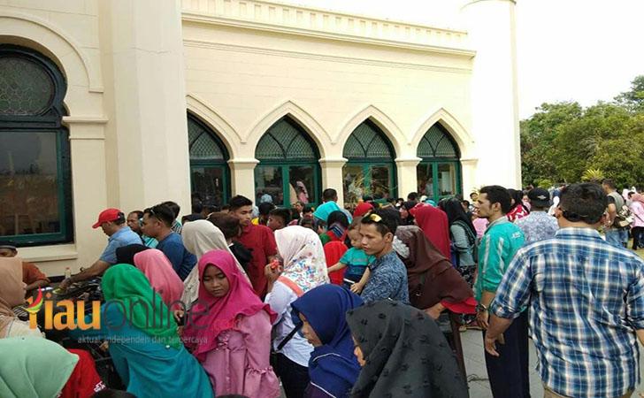 Pengunjung Istana Siak3
