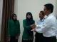 Penyerahan KTM Bank Riaukepri Syariah