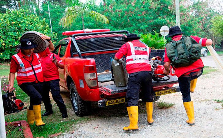 Personil Pemadam Kebakaran RAPP5