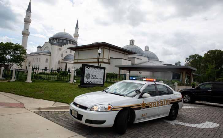 Patroli Polisi Jaga Keamana Masjid di Amerika Serikat