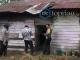 Rumah Papan Tempat Tinggal Wendi dan Efrizal