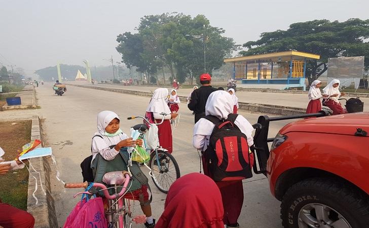 Bag8 masker di Pulau Rupat