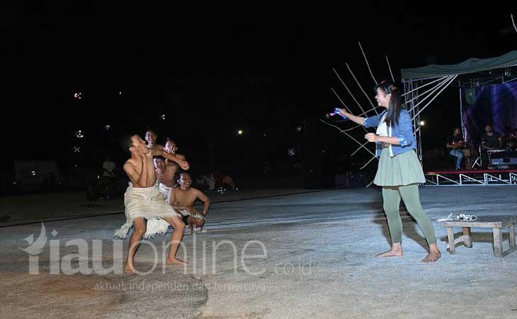 Teater Permainan Riau