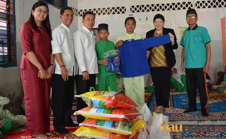 Bantuan The PREMIERE Hotel Pekanbaru