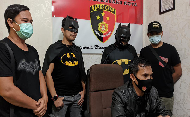 Tim Batman2