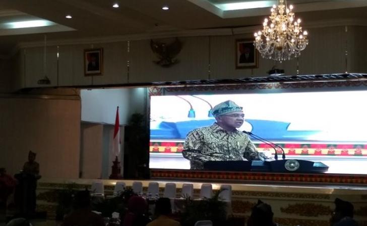 Andi-Rachman-di-Majelis-Bincang-Riau.jpg