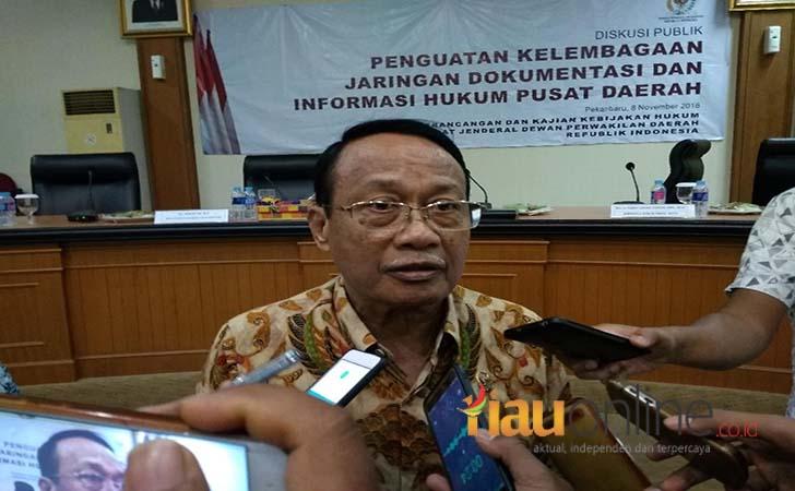 Anggota-Dewan-Perwakilan-Daerah-DPD-RI-daerah-pemilihan-Riau-Abdul-Gafar-Usman.jpg