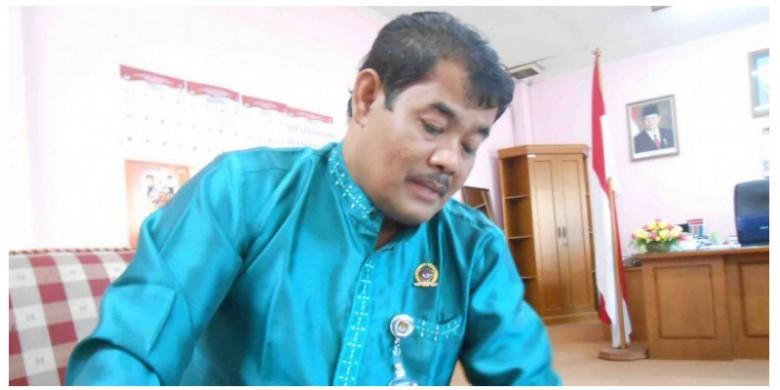 Anggota-KPU-Riau-Abdul-Hamid.jpg
