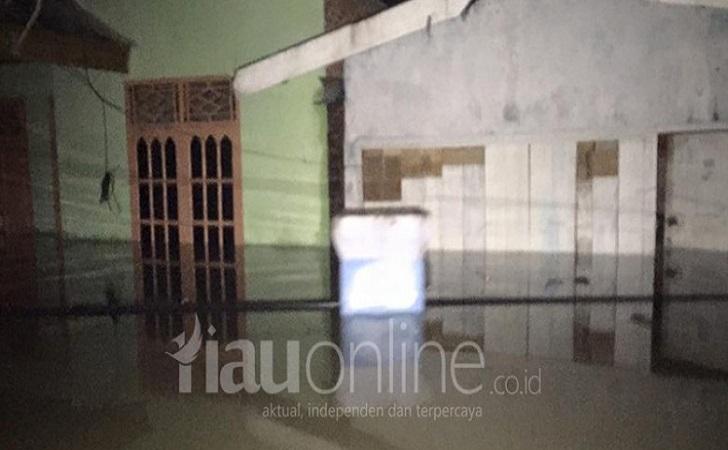 Banjir-Kampar2016.jpg