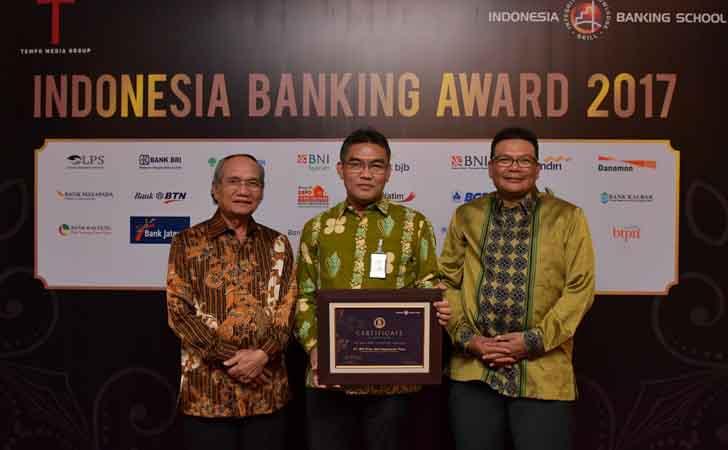 Bank-Riau-Kepri-Terima-The-Best-Bank-in-Digital-Services.jpg