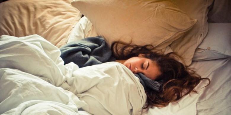 Bantal-dan-Guling-Tidur.jpg