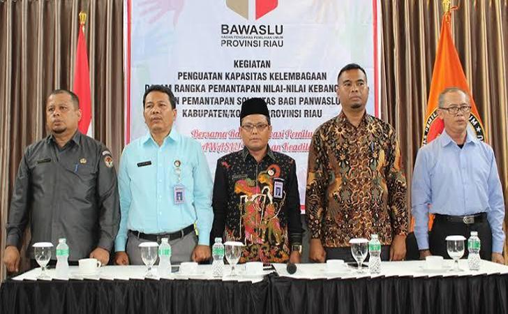 Bawaslu-Riau2.jpg