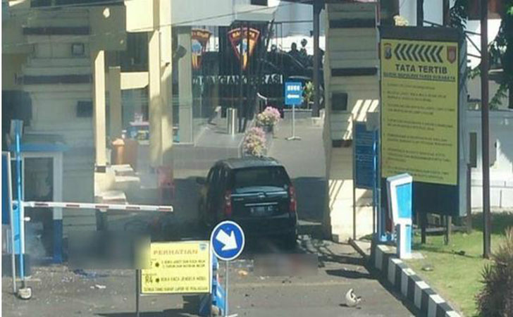 Bom-di-Polrestabes-Surabaya.jpg