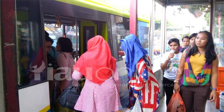 Bus-Transmetro1-Pekanbaru.jpg