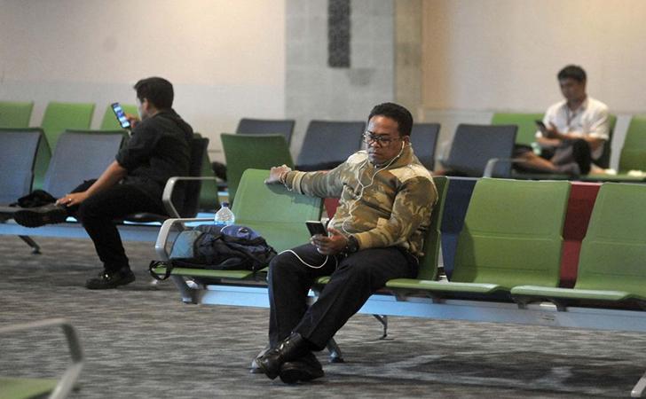 Calon-penumpang-di-Bandara-Internasional-I-Gusti-Ngurah-Rai.jpg