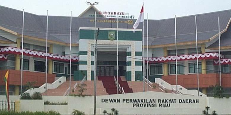 DPRD-Riau.jpg