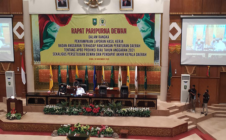 DPRD-Riau9.jpg
