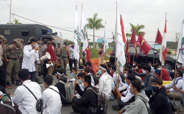 Demo-Mahasiswa-pecat-wali-kota.jpg