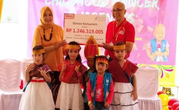 Donasi-Alfamart-untuk-Penderita-Kanker.jpg