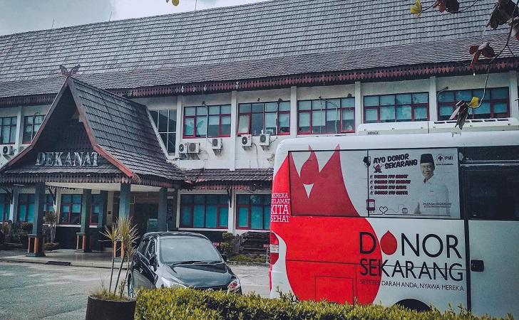 Donor-darah-di-UNRI.jpg