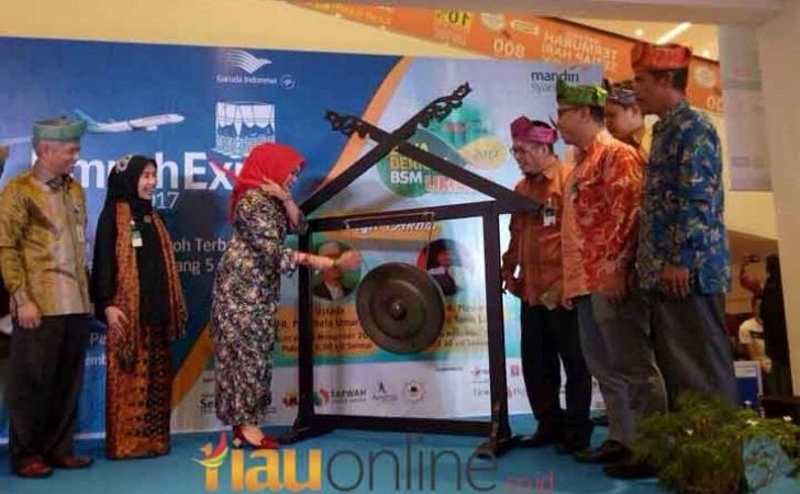 Garuda-Indonesia-Umrah-Expo-2017.jpg