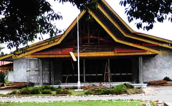 Gedung-Balai-Dang-Merdu.jpg