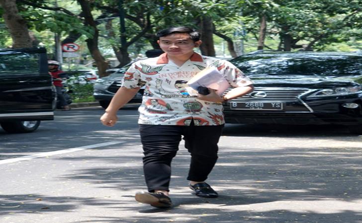 Gibran-Rakabuming-Raka-saat-tiba-dirumah-Megawati-di-Jalan-Teuku-Umar-Jakarta-Pusat.jpg