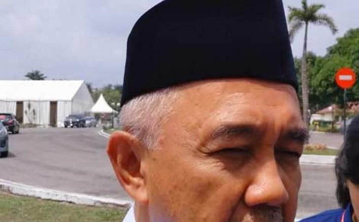Gubernur-Riau-Arsyadjuliandi-Rachman.jpg