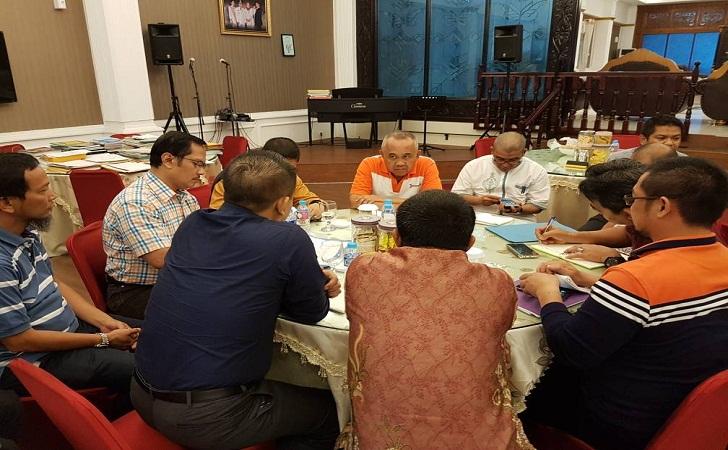 Gubernur-Riau-Bertemu-GM-PLN-Riau-Kepri.jpg