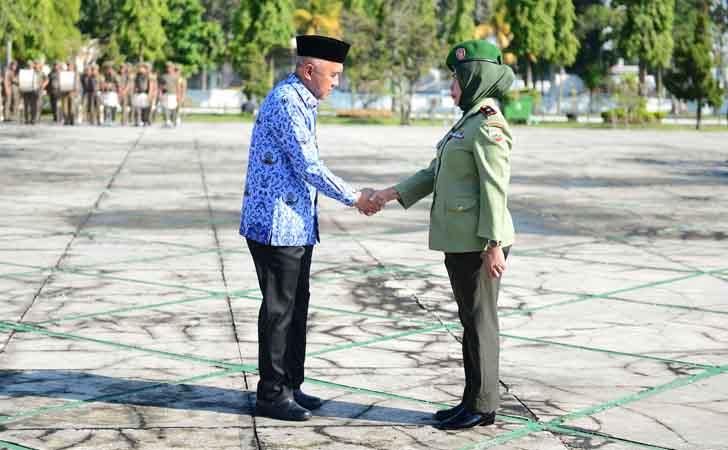 Gubernur-Riau-Jadi-Inspektur-Upacara-Hari-Ibu.jpg