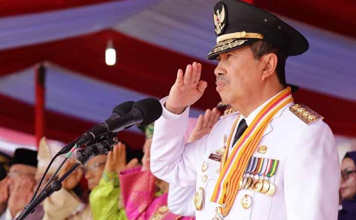 Gubernur-Riau-Syamsuar.jpg