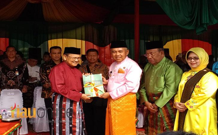 HUT-Riau.jpg