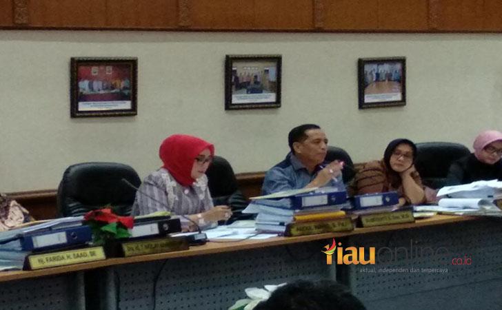 Hearing-DPRD-Riau.jpg