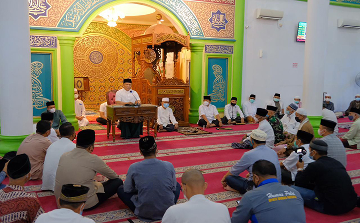 Irjen-Agung-Setia-Imam-Effendy36.jpg